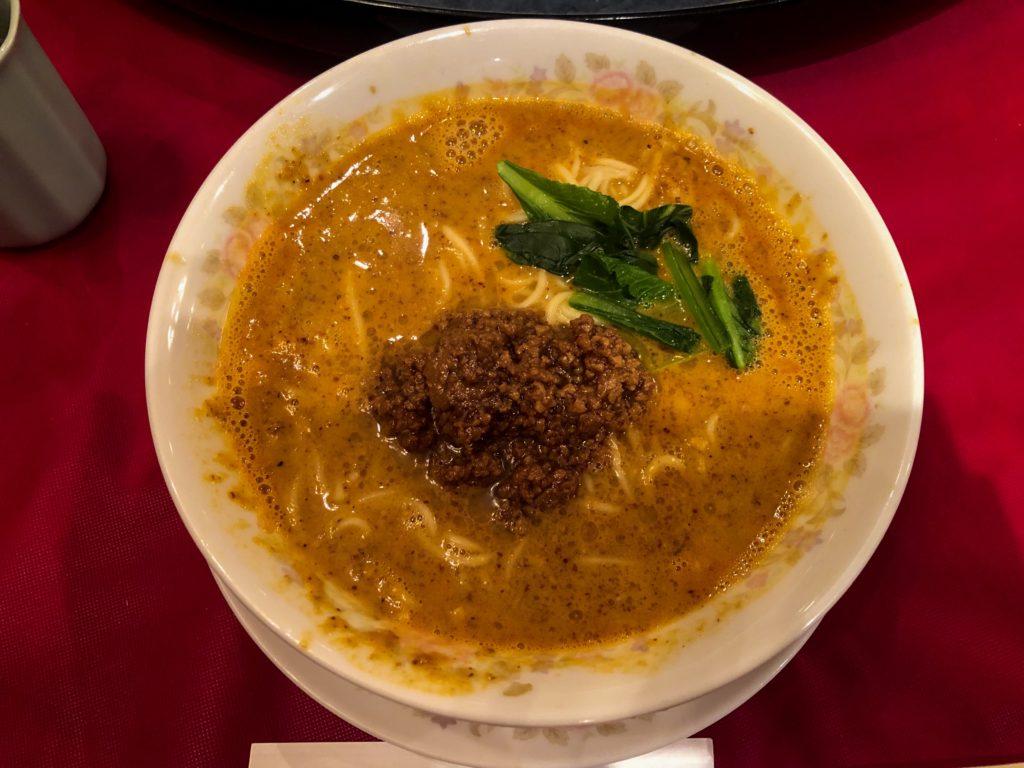 龍鳳の坦々麺